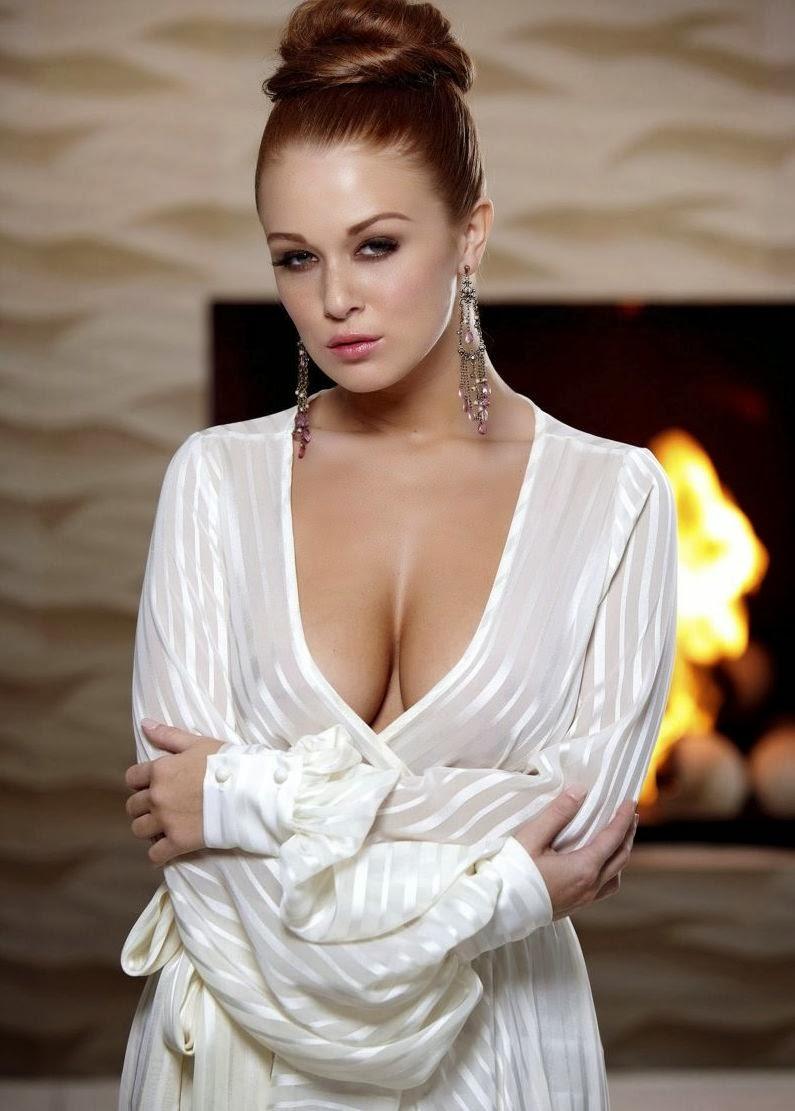Sexy Leanna Decker Hot Semi Nude Photoshoot | Celebrity