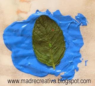 Invitaciones con hojas en Recicla Inventa