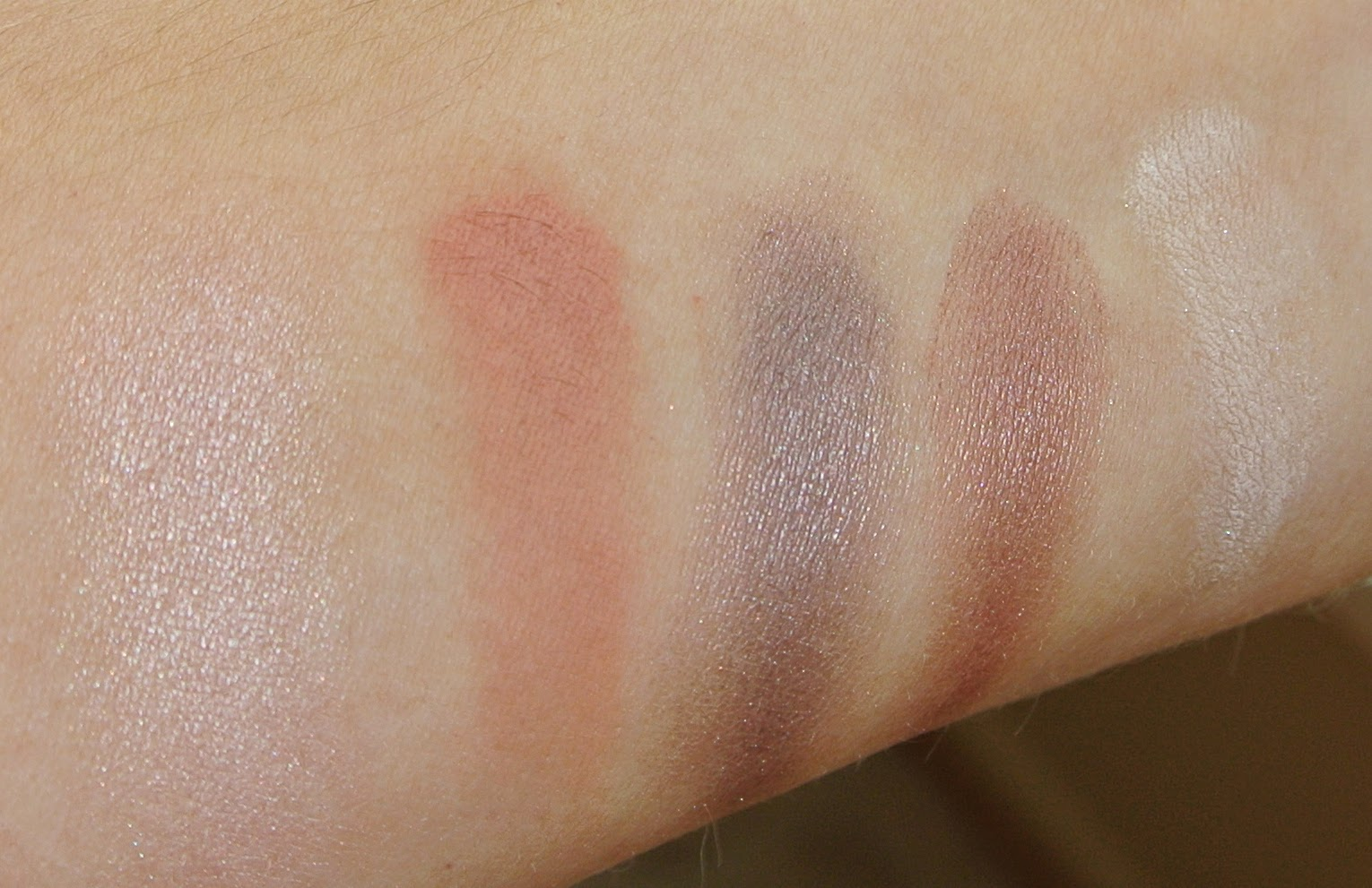 mac swatches; naked lunch; soft brown; satin taupe; sable; vanilla
