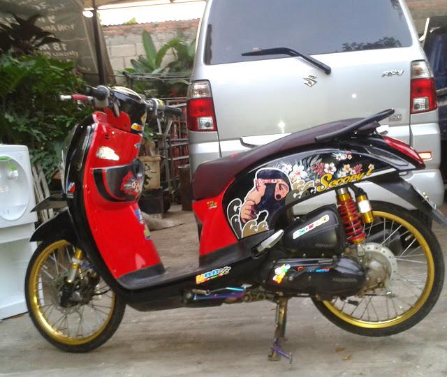 Finna RZ Modifikasi Honda Scoopy Racing Look Style