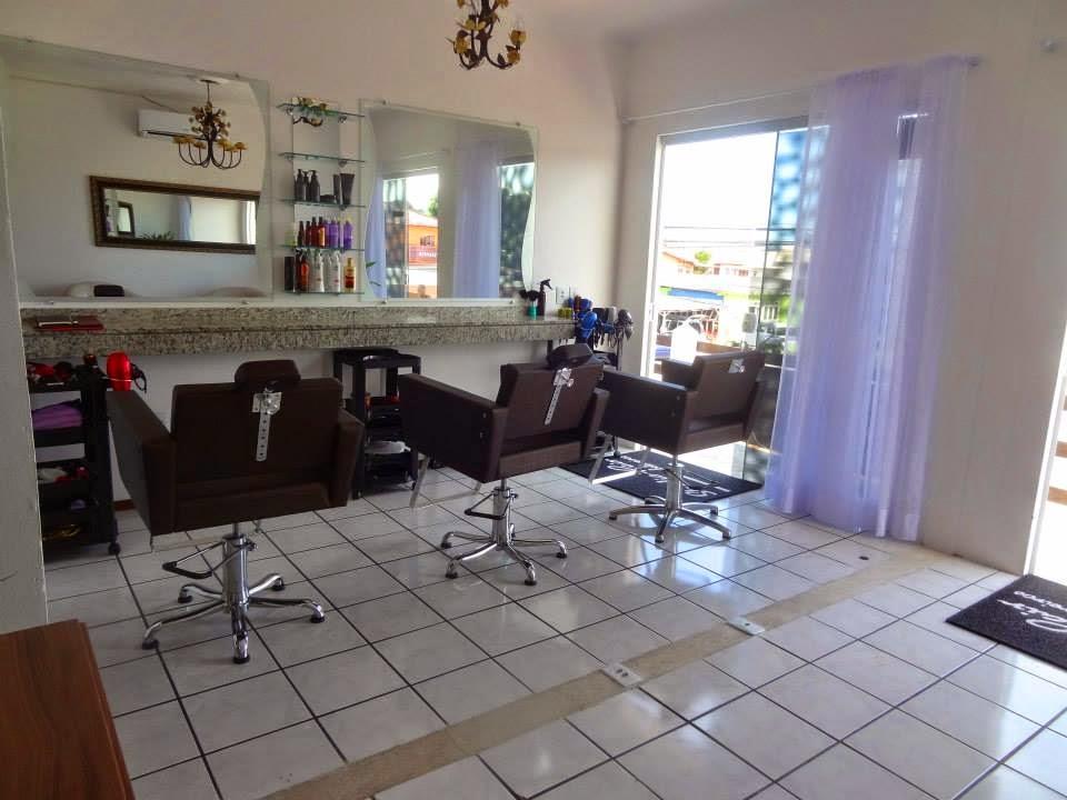 Salão de Beleza no Campeche, Studio de Beleza, cabelereira, salão, manucure, Banco do Brasil campeche, trevo do campeche, salão de beleza em frente ao campeche. Salão de beleza, cabeleireira, manicures, Studio Hair Cabeleireiros