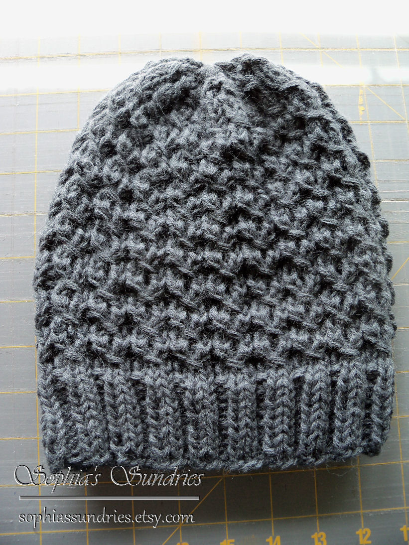 This pattern is the Chunky Dean Street Hat , available for free. It ...