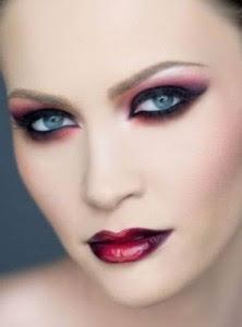 inspirado en un maquillaje de diablesa
