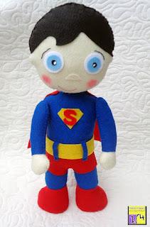 Boneco Super Homem em feltro