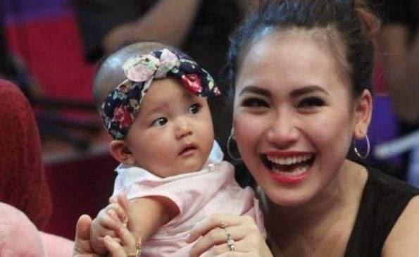Foto Bliqis, Putri Ayu Ting Ting