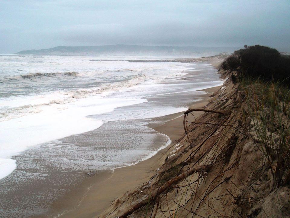 Erosão costeira....