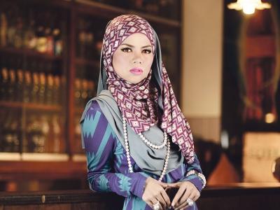 Malaysia, Berita, Gossip, Selebriti, Artis Malaysia, Alyah, Ramadan, pembuka, rezeki