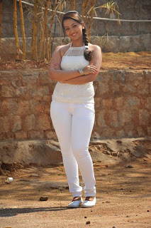 Actress Ester Noronha Picture Gallery in White Tight Jeans  0029