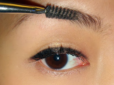 Best Ways To Trim your Eyebrows