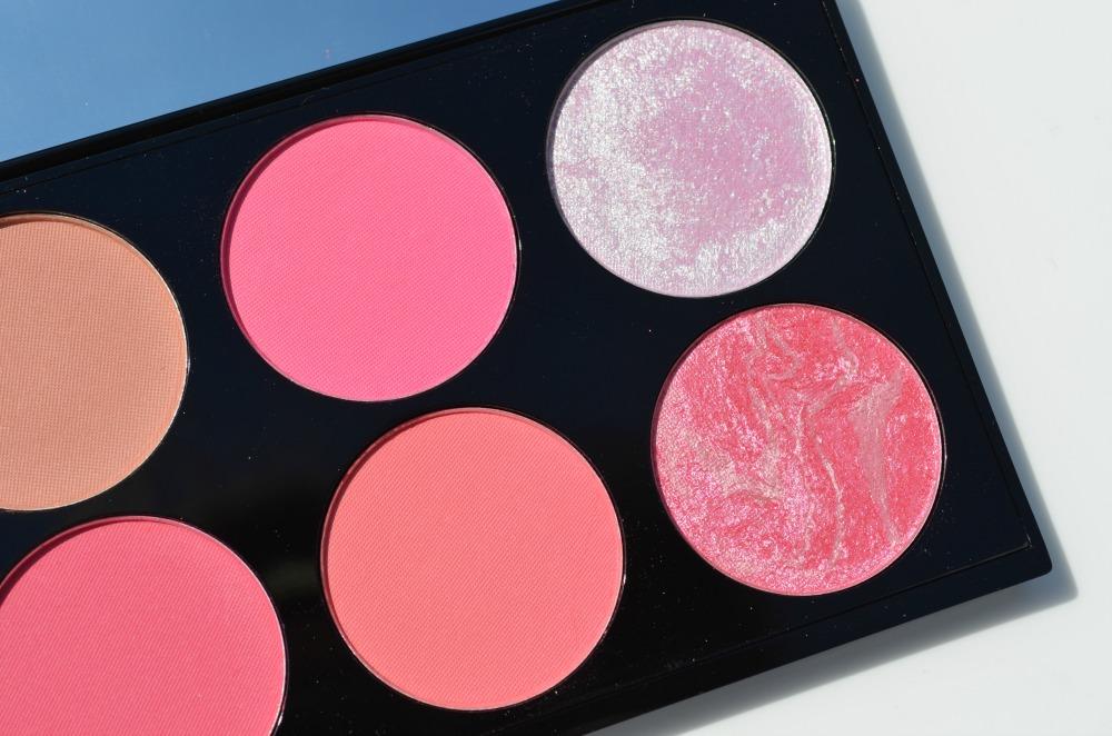 http://2.bp.blogspot.com/-m2bzqVO8TLA/U5tFasxrjnI/AAAAAAAANjA/PDiR085Wqb0/s1600/Makeup+Revolution+Ultra+Blush+and+Contour+Palette-Sugar+and+Spice+(5).JPG