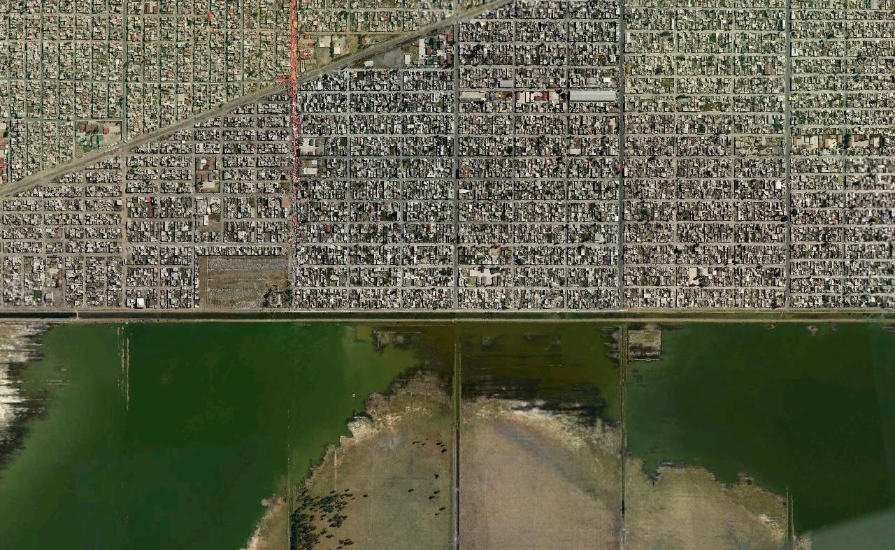 Landscape morphology in mexico city street markets under red canopies show up frequently in satellite images of mexico city the market above is in xico another municipality within the sciox Images