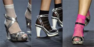 Anna Sui. Sandali con calzino
