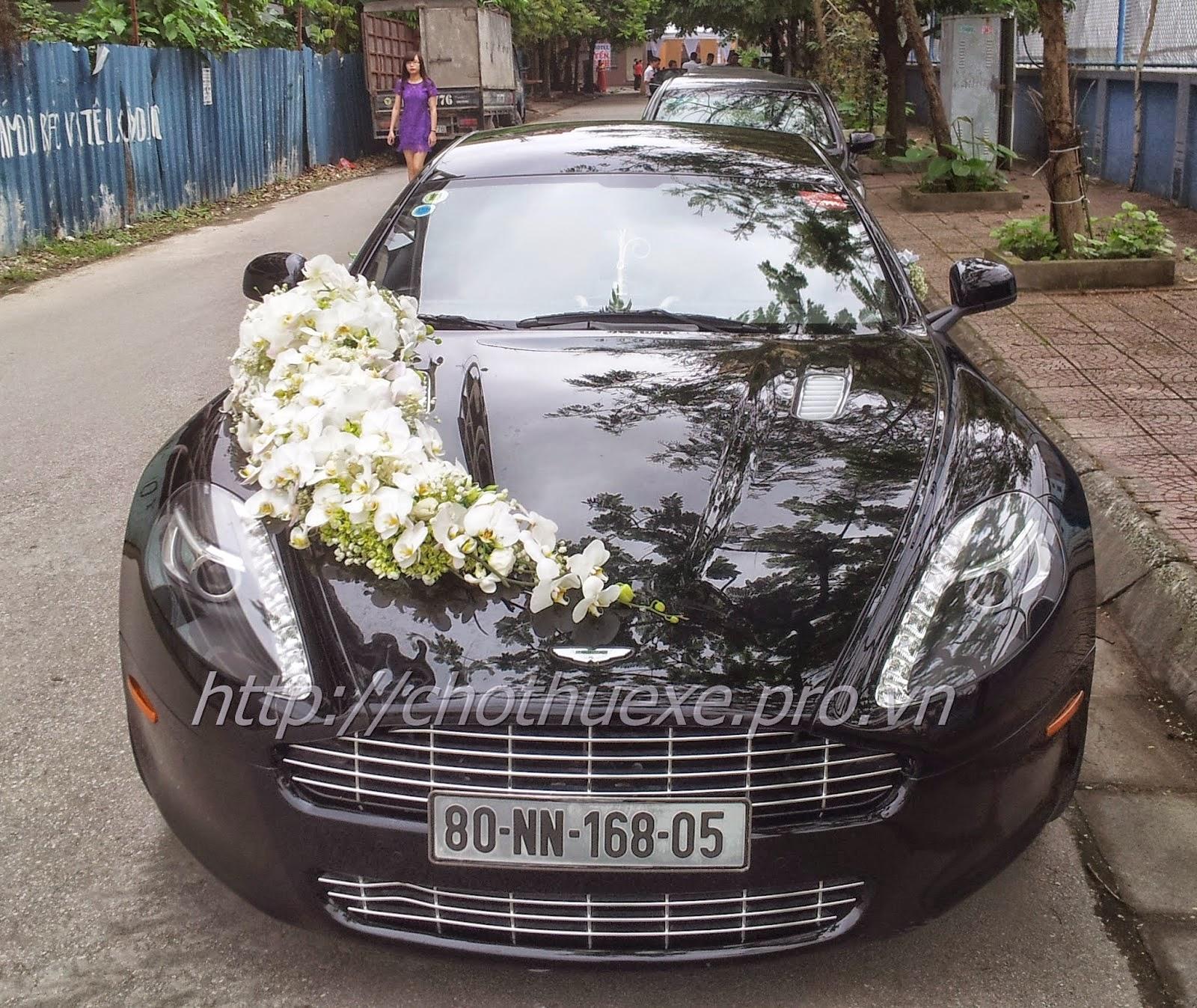 Cho thuê siêu xe Aston Martin Rapide - Công ty Đức Vinh Trans