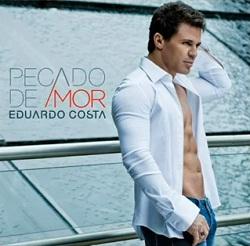 Eduardo Costa aparece sem camisa no CD Pecado de Amor
