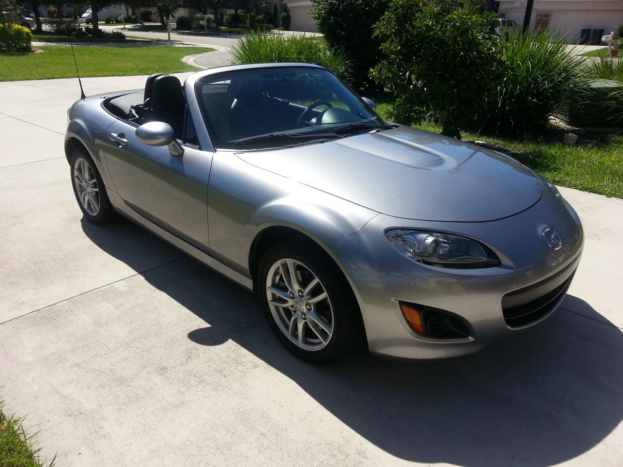 mazda mx 5 miata sport convertible cars prices wallpaper specs review. Black Bedroom Furniture Sets. Home Design Ideas