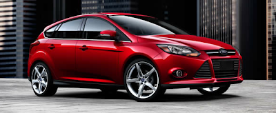 2013 Ford Focus Titanium 5-door red