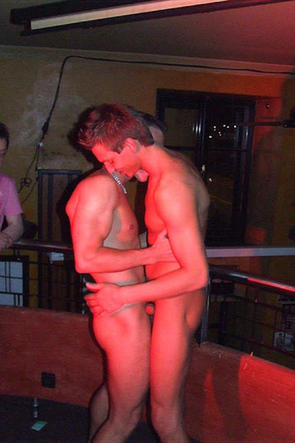 male strippers shows cincinnati