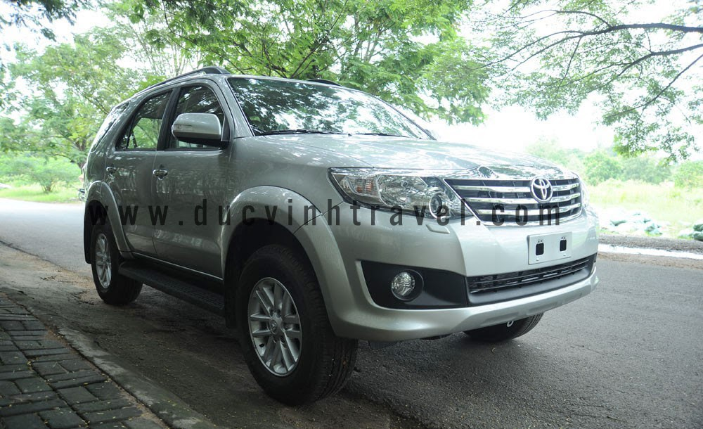 cho thue xe toyota fortuner 2012