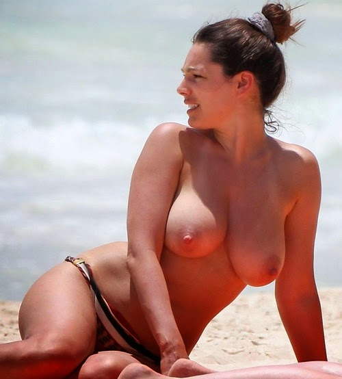 Body language kelly brook topless pictures