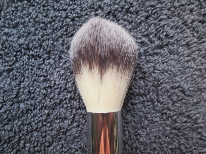 Crown Brush Blush