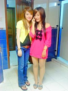 Khmer girl Coca Mini with short jean 9