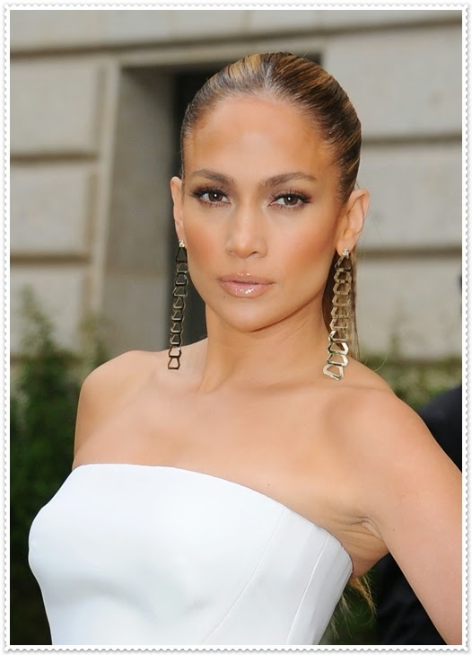Jennifer Lopez Make-Up Tricks