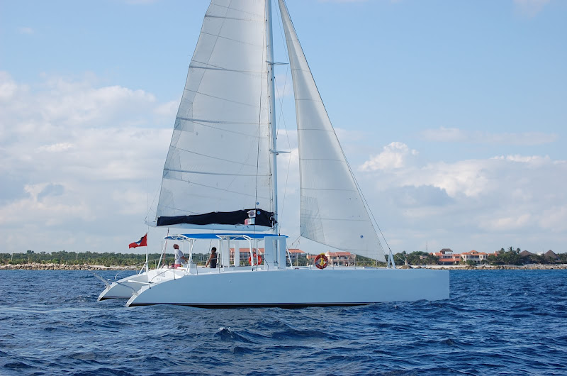 Catamaran Playa del Carmen Groups private