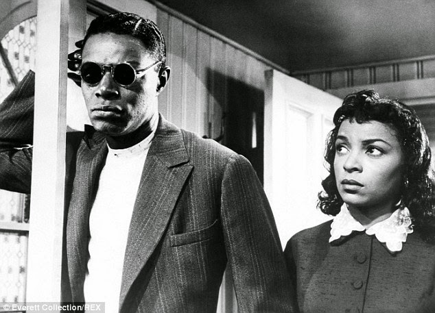 Dee Made Her Film Debut With Ossie Davis In No Way Out In 1950 And The Same Year Played Baseball Player Jackie Robinsons Wife In The Jackie Robinson