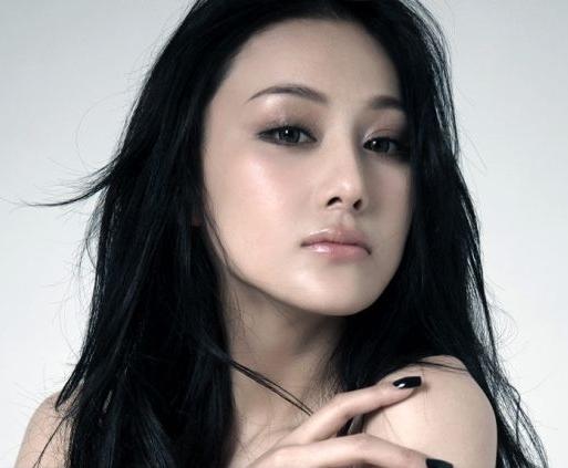 Viann-Zhang-Xinyu-17   Xinyu, Chinese model, Sporty girls