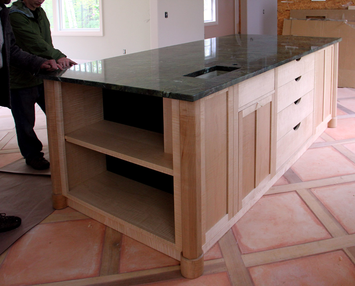 Dorset custom furniture a woodworkers photo journal the for Custom kitchen island for sale