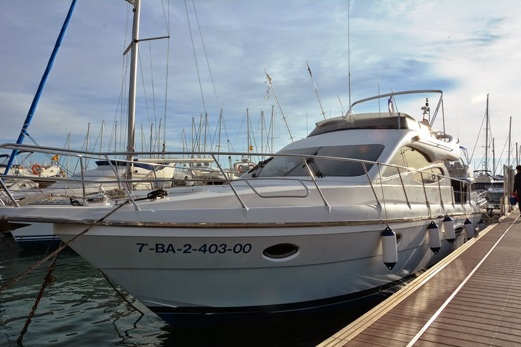 Port of Cambrils yacht