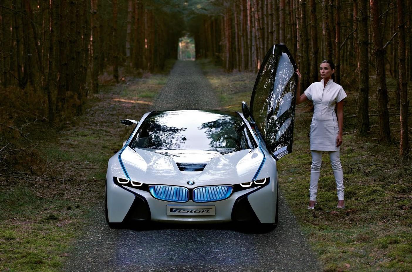 http://2.bp.blogspot.com/-m4VrRD5WnMg/Tk-j8FLOzgI/AAAAAAAAAXE/6M5smSI3uqY/s1600/2013-BMW-i8-Luxury-Car-Pictures-e1310205206688.jpg
