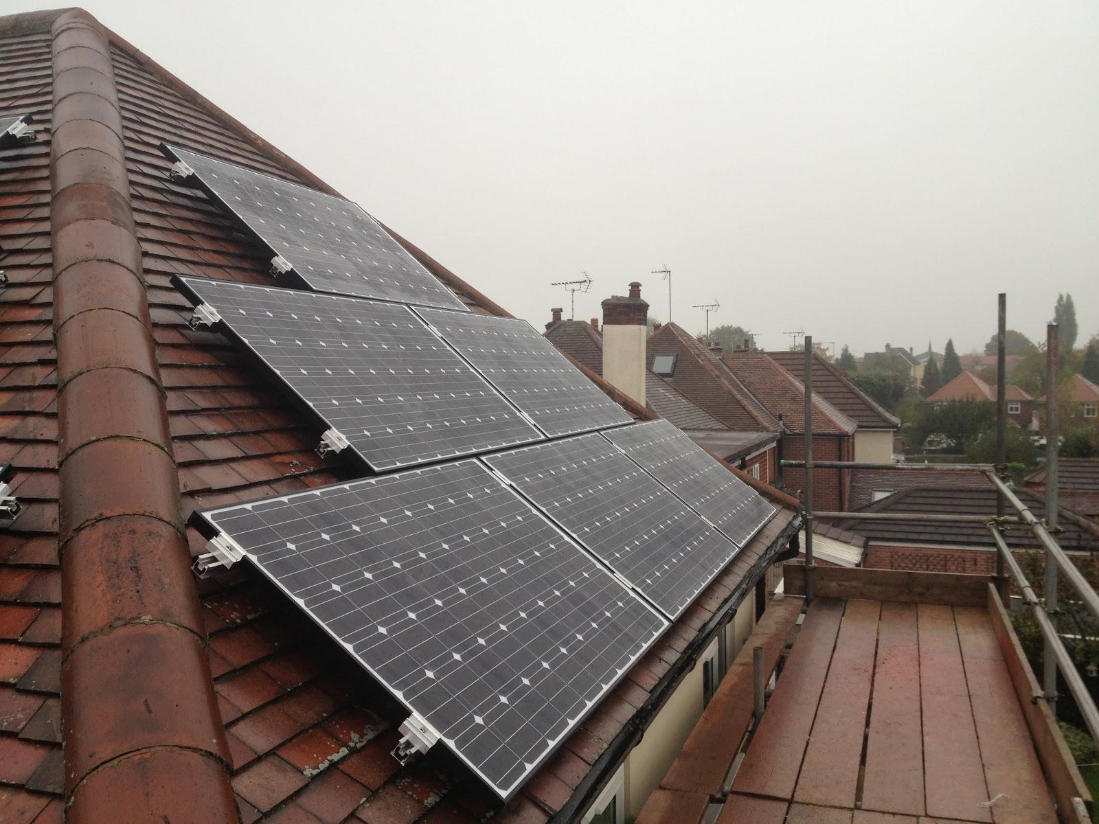Latest Installations: 3 kWp Solar Panel installation using 12x ...