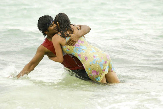 Indian actress Sneha Ullals wet pants get sticked to her body and expose hot thighs and sexy back