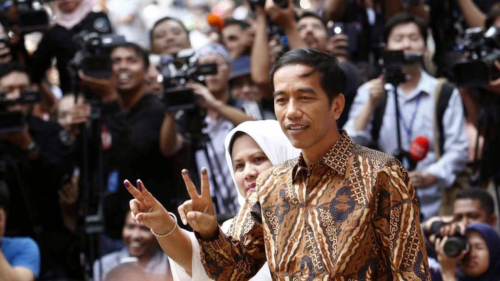 Jokowiw bersama istri