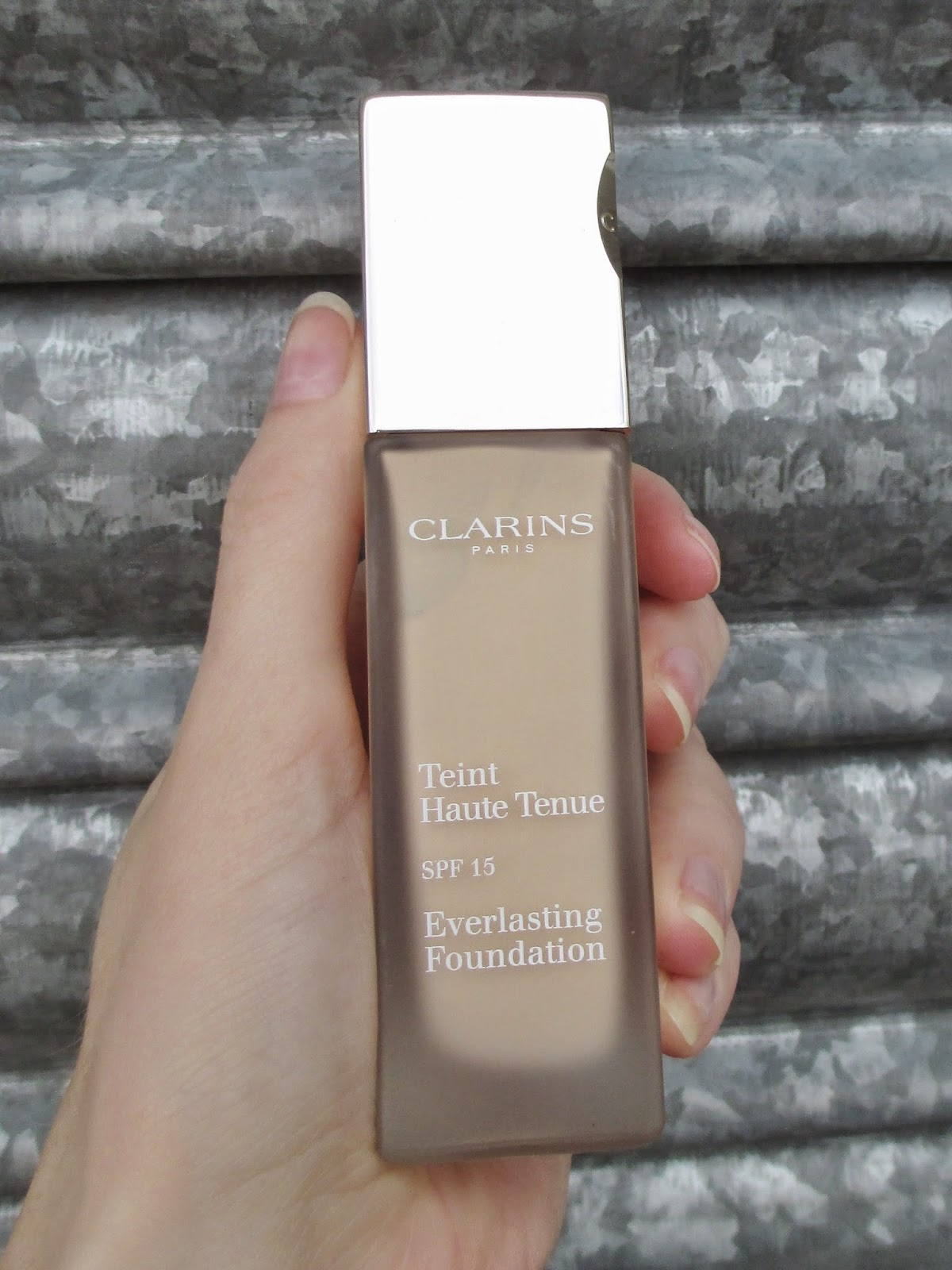 clarins everlasting foundation 105