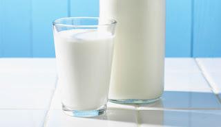 اضرار الحليب الهرموني