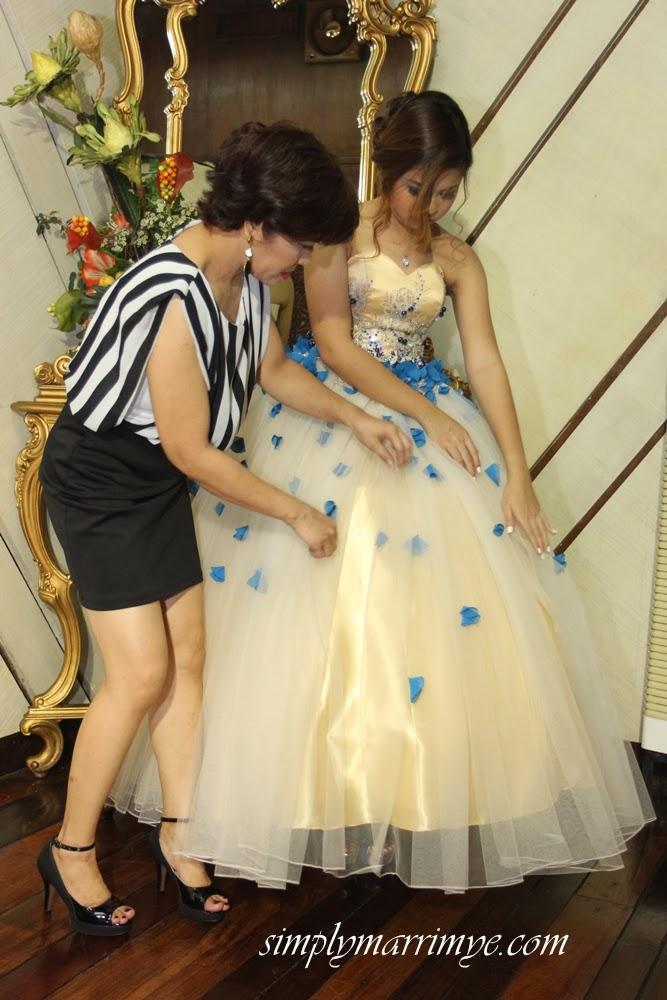 Ang Debutante at ako