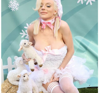 Courtney Stodden protestó para PETA