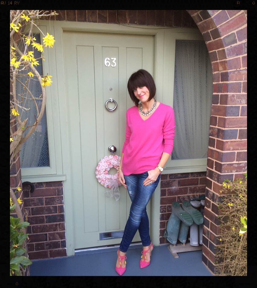 My Midlife Fashion, Hot Pink, Woolovers, Deep V Neck Jumper, Skinny Jeans, Boden Alice Heels