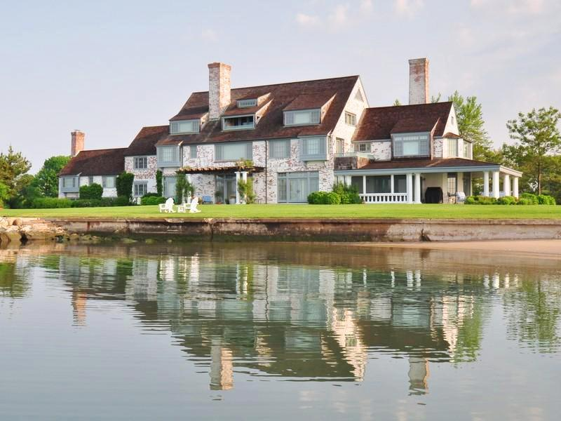 exterior view of katharine hepburn's waterfront connecticut home