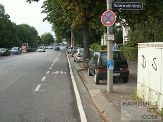 Schutzstreifen Hofweg / Schenkendorfstraße