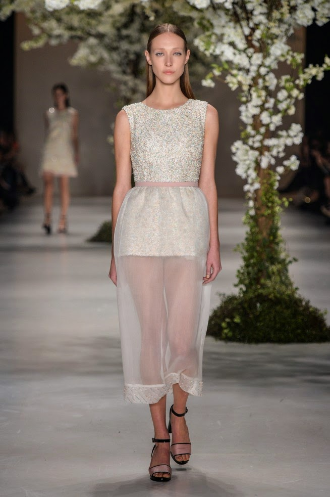 Acquastudio, Acquastudio verao, Acquastudio verao 2016, Acquastudio ss16, Acquastudio spring summer, Acquastudio spring summer 2016, dudessinauxpodiums, du dessin aux podiums, Esther Bauman, sakura, fleur de cerisiers, spfw, spfw verao, sao paulo fashion week, fashion blogs, mode a toi, revista de moda, vintage, vintage definition, vintage retro, top fashion, suits online, blog de moda, blog moda, ropa, asos dresses, blogs de moda, dresses, tunique femme, vetements femmes, fashion tops, womens fashions, vetement tendance, fashion dresses, ladies clothes, robes de soiree, robe bustier, robe sexy, sexy dress