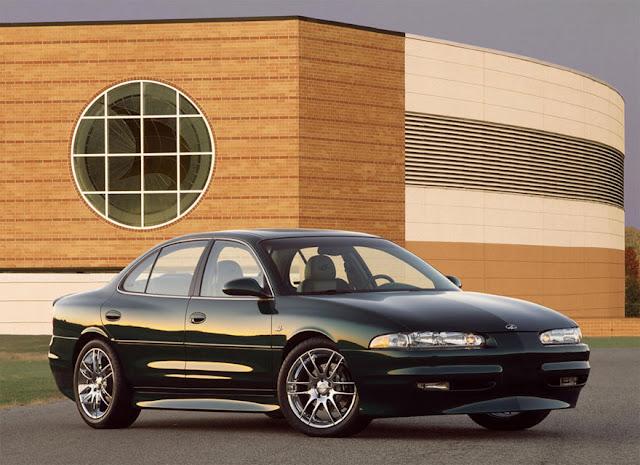 オールズモビル・イントリーグ | Oldsmobile Intrigue (1998-2002)