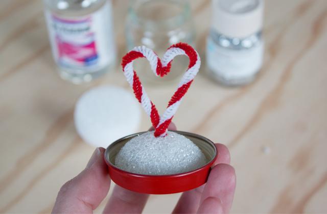 how to make a valentine snow globe