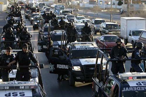 FELIPE CALDERÓN RESPONSABILIZA ESTADOS UNIDOS POR VIOLÊNCIA NO MÉXICO