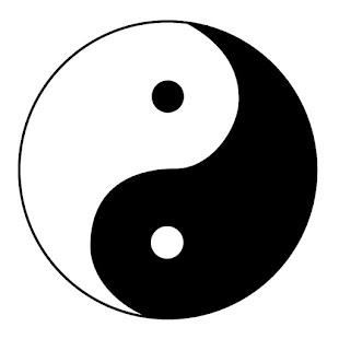 اهورا همان اندازه نیرومند است که اهریمن تواناست