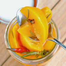 Spicy Pickled Peaches