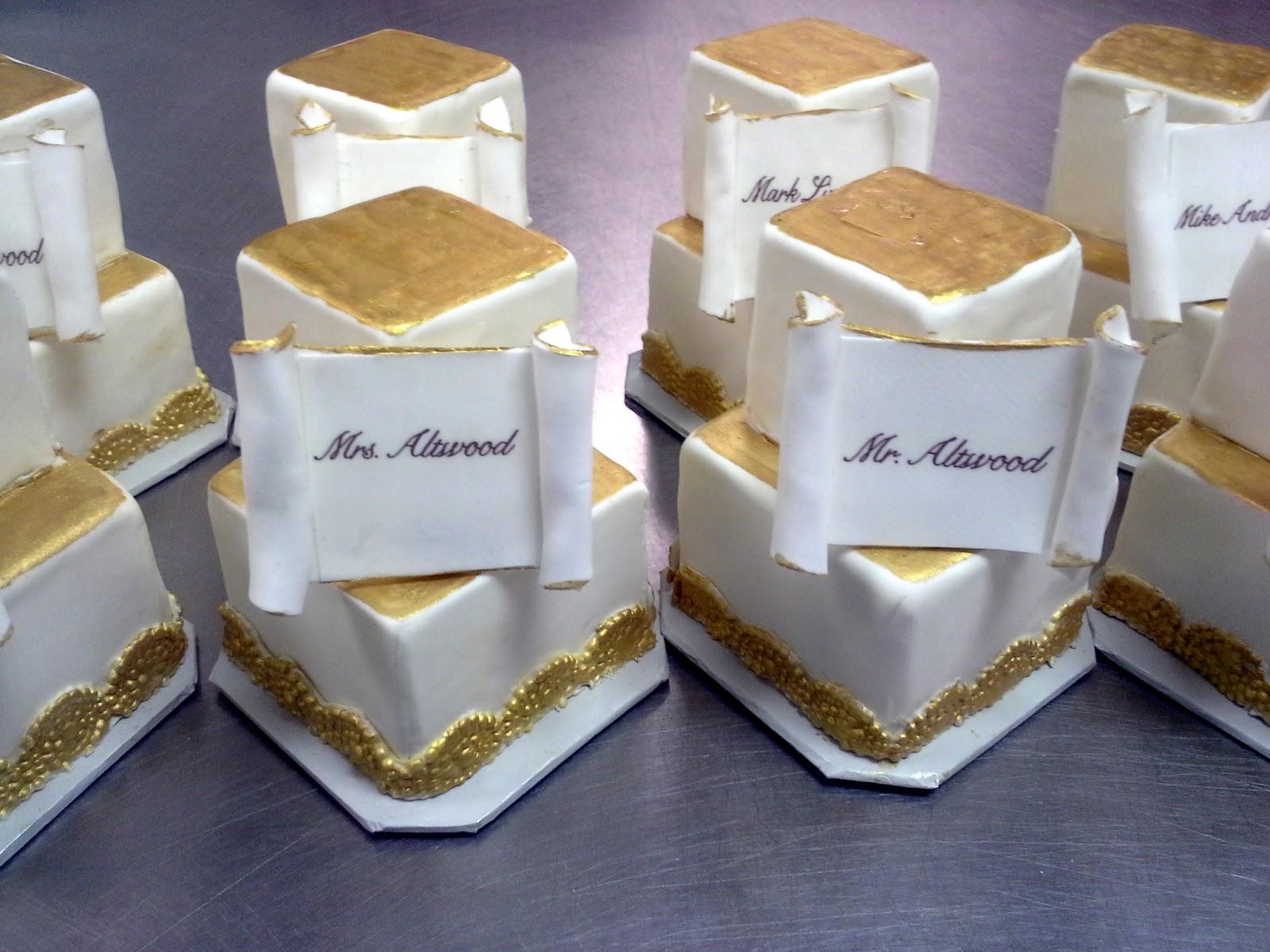 Unforgettable Wedding Cakes: Mini Wedding cake \