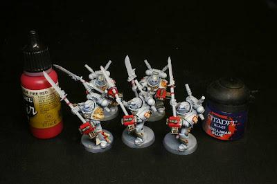 escuadra interceptora de los caballeros grises prácticamente terminada